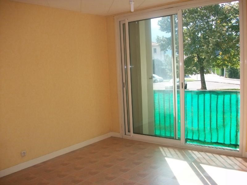 Location appartement Fontaine 516€ CC - Photo 2