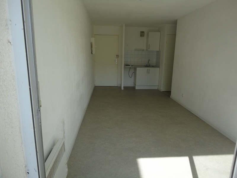 Location appartement Sete 445€ CC - Photo 1