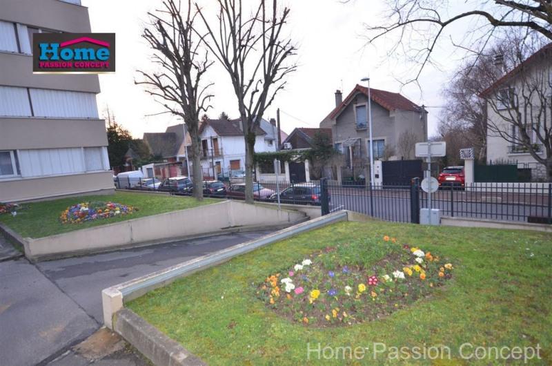 Sale apartment Nanterre 314000€ - Picture 2