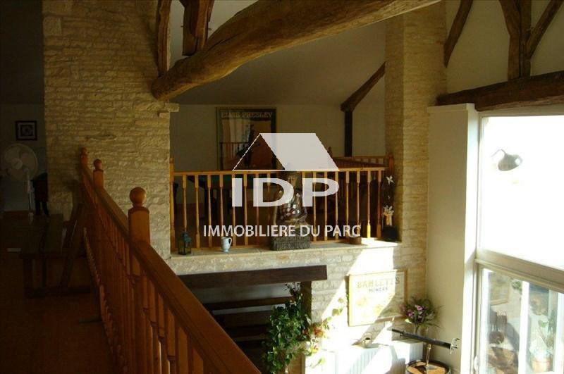 Sale house / villa Saint-hilaire-la-palud 390000€ - Picture 3