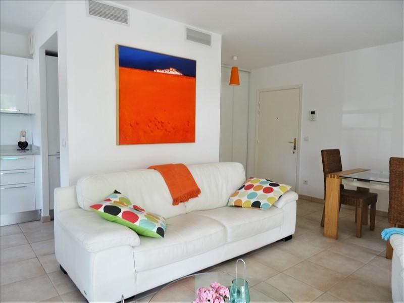 Sale apartment St raphael 429000€ - Picture 3