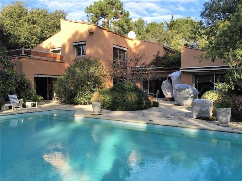 Sale house / villa Jard sur mer 550000€ - Picture 1