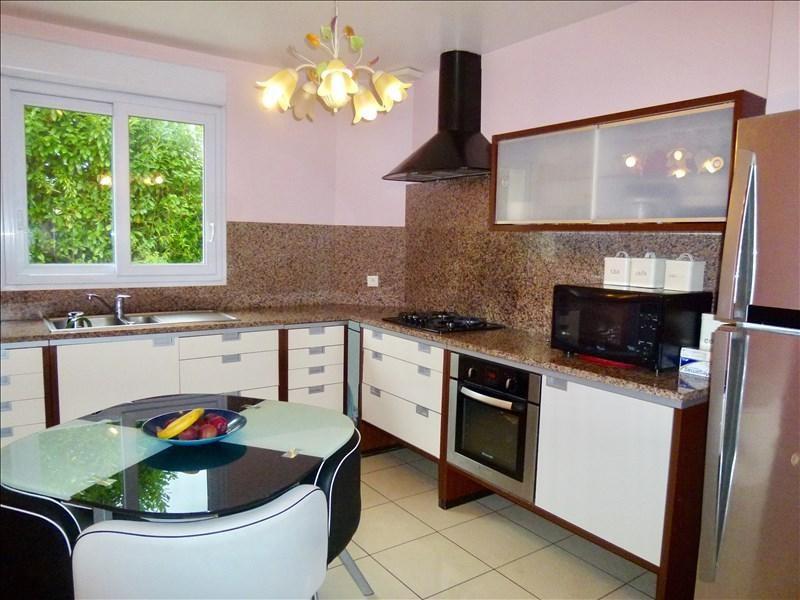 Vente maison / villa Plaisir 530400€ - Photo 3