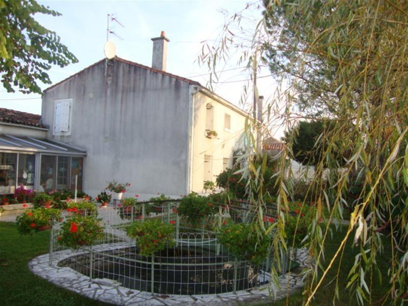 Vente maison / villa Villeneuve-la-comtesse 148400€ - Photo 2