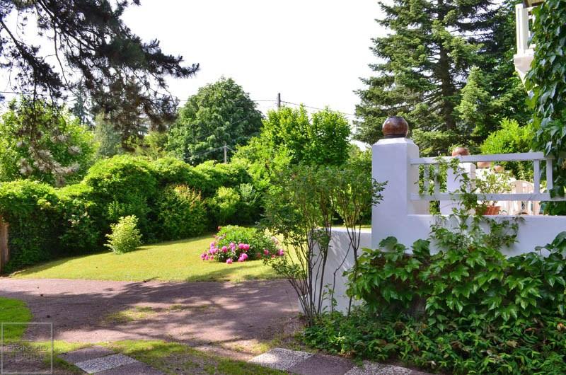 Deluxe sale house / villa Saint didier au mont d'or 775000€ - Picture 2