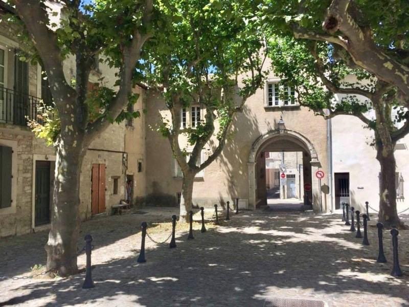 Rental apartment Villeneuve les avignon 595€ CC - Picture 1