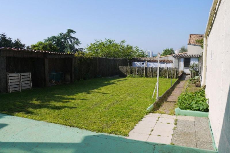 Sale house / villa Cholet 140500€ - Picture 1