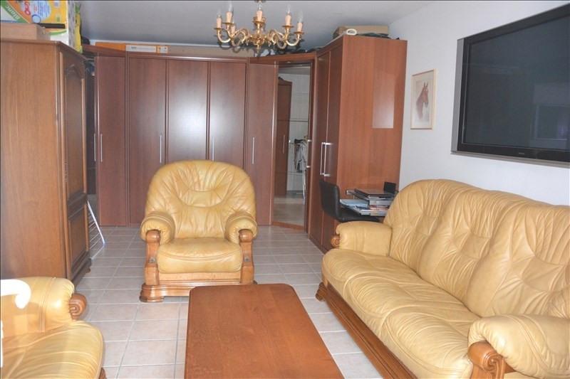 Sale apartment Peypin 180000€ - Picture 5