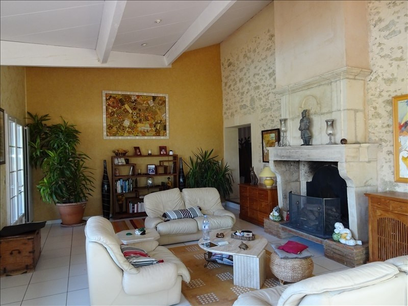 Rental house / villa L isle jourdain 2 950€ CC - Picture 7