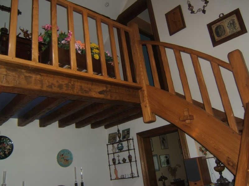 Sale house / villa Francastel 300000€ - Picture 8