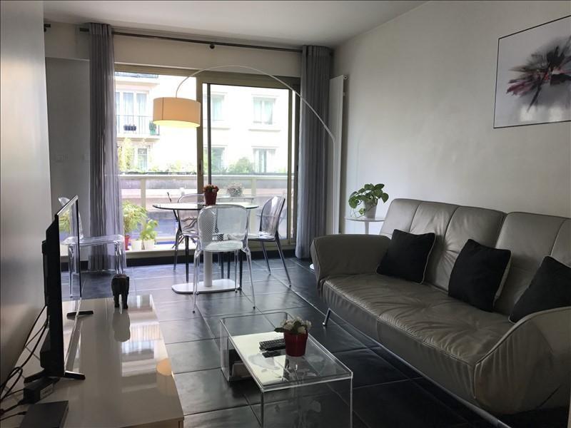 Rental apartment Paris 15ème 1490€ CC - Picture 2