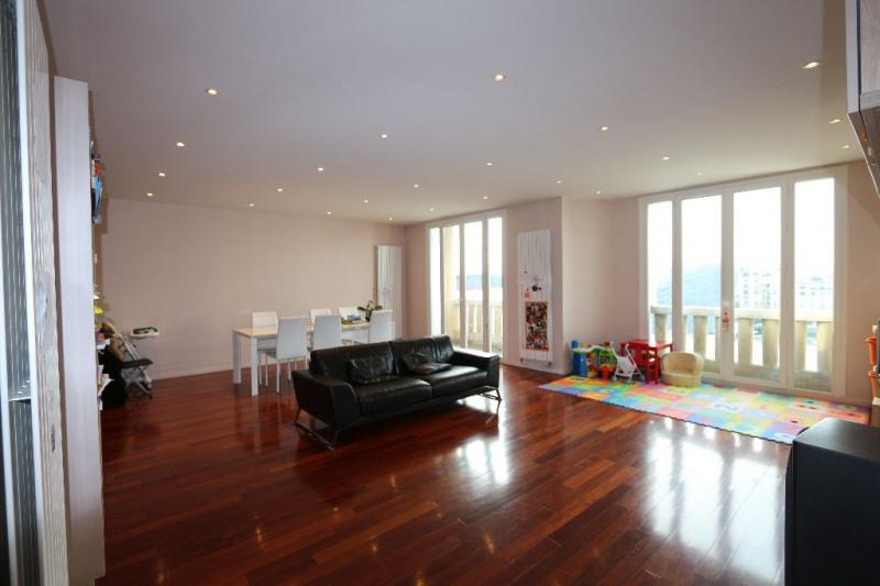 Deluxe sale apartment Paris 16ème 1329000€ - Picture 2
