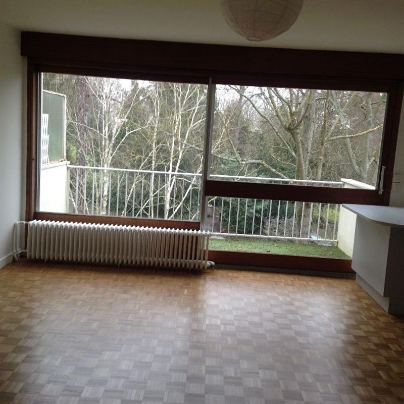 Rental apartment L etang la ville 940€ CC - Picture 2