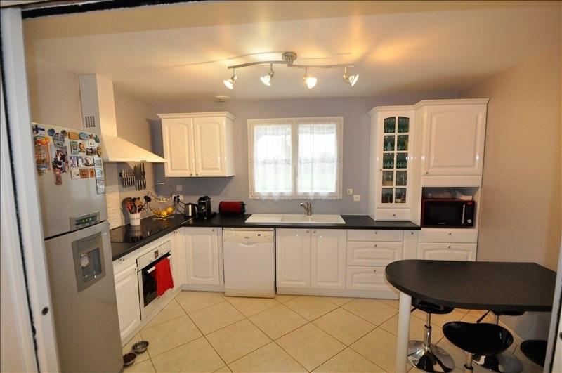 Sale house / villa Vue 262500€ - Picture 5