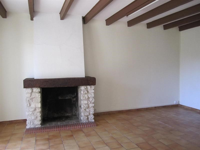 Sale house / villa Barbezeux st hilaire 130000€ - Picture 4
