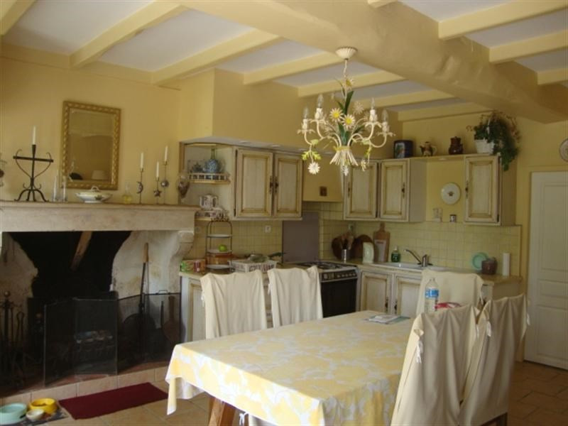 Sale house / villa Loulay 254400€ - Picture 6