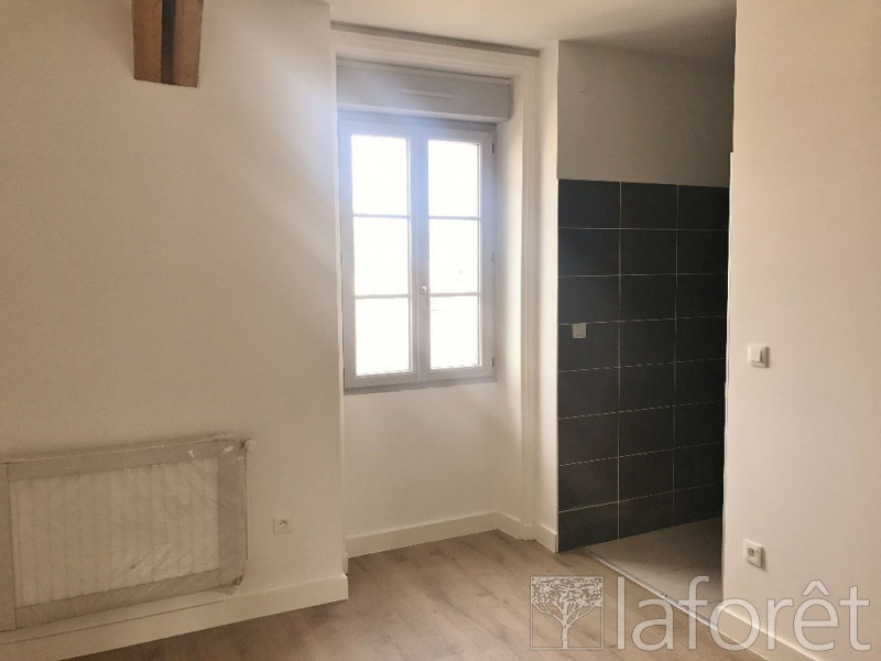 Sale apartment Bourgoin jallieu 275 000€ - Picture 4
