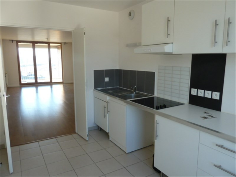 Location appartement Bordeaux 898€ CC - Photo 1