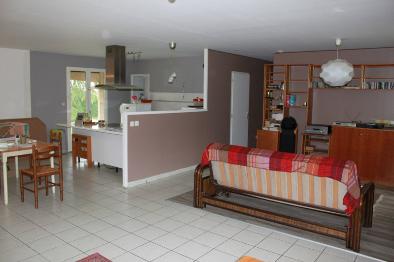 Verkoop  huis Clonas sur vareze 230000€ - Foto 2