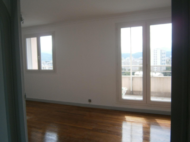 Location appartement Grenoble 606€ CC - Photo 2