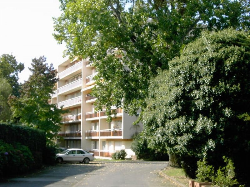 Location appartement Vannes 442€ CC - Photo 1