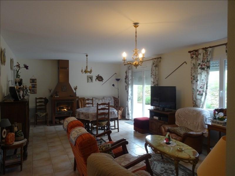 Sale house / villa Villamblard 182000€ - Picture 2