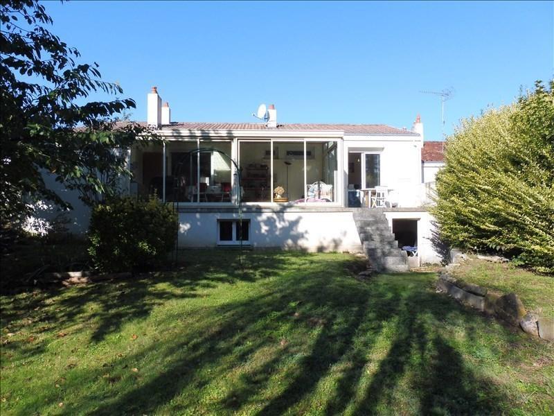 Sale house / villa La roche sur yon 143000€ - Picture 2
