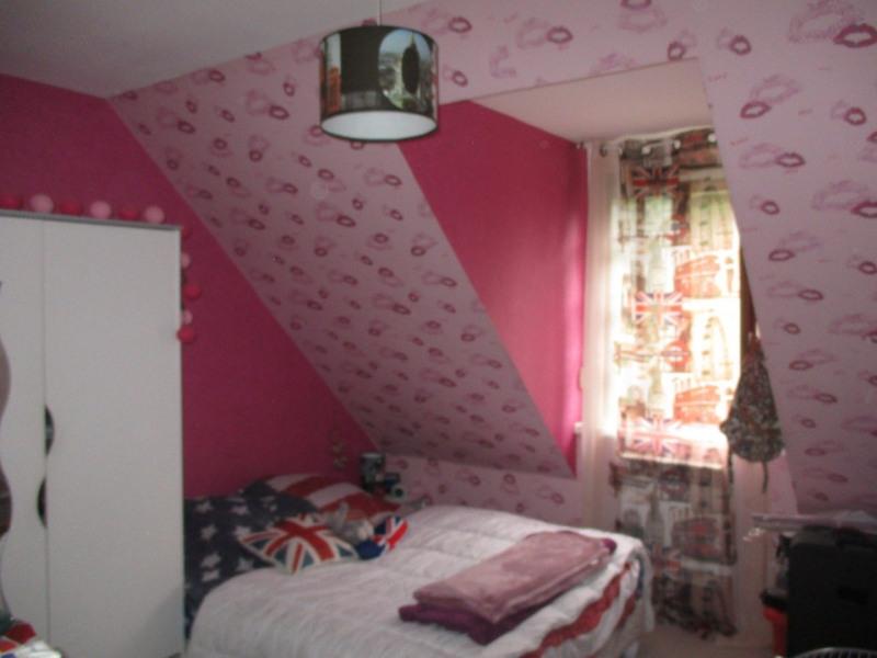 Sale house / villa Pierrefonds 210000€ - Picture 4