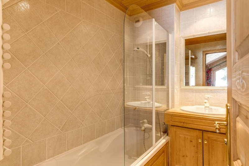 Deluxe sale apartment Meribel 1 495 000€ - Picture 7