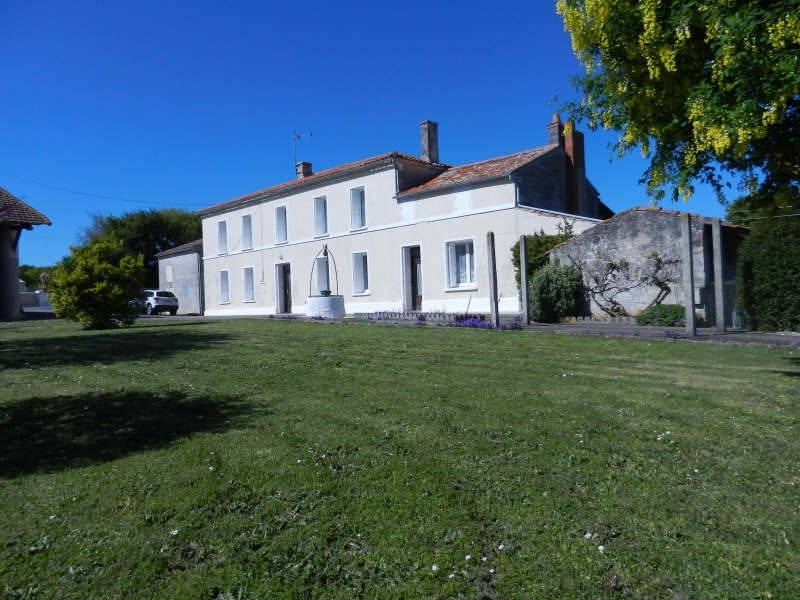 Sale house / villa Ardillieres 247000€ - Picture 1
