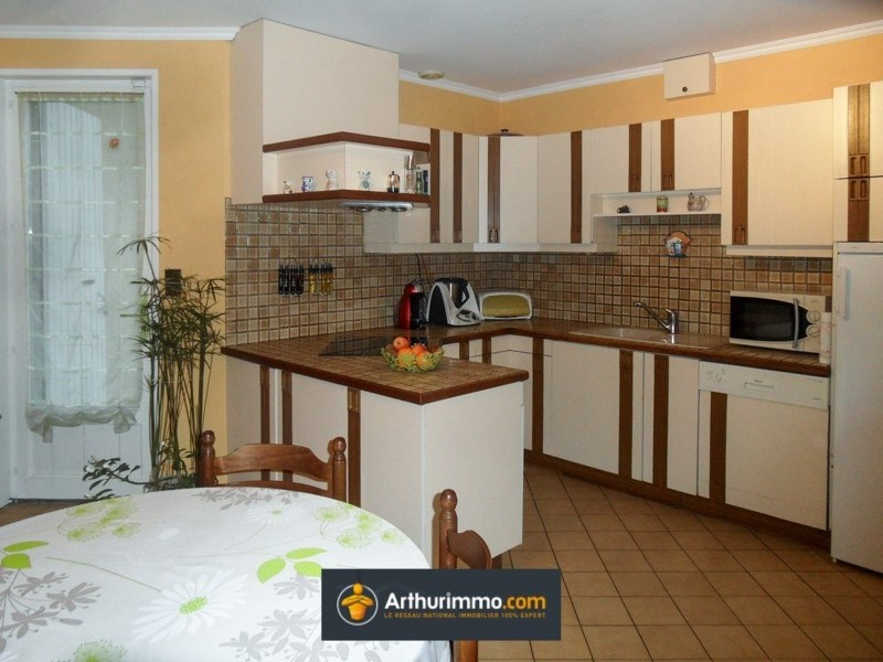 Sale house / villa Bourgoin jallieu 249000€ - Picture 4