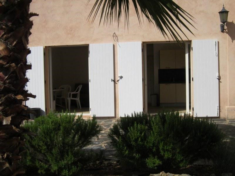 Location vacances appartement Cavalaire sur mer 420€ - Photo 4