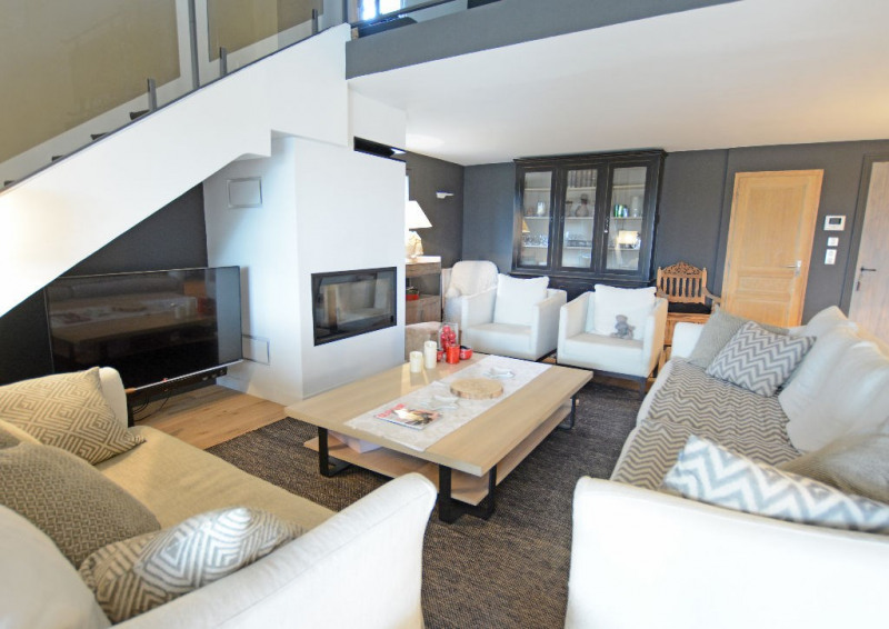 Deluxe sale house / villa Villeneuve les avignon 648000€ - Picture 2