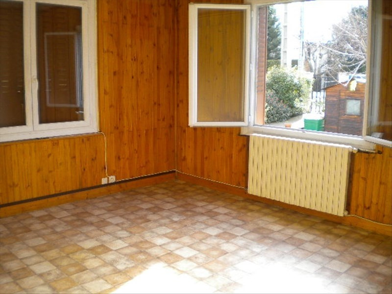Location appartement Fontaine 545€ CC - Photo 1