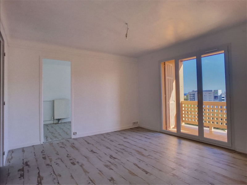 Sale apartment Nice 212 000€ - Picture 1