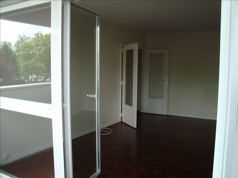 Rental apartment Marly le roi 1 169€ CC - Picture 3