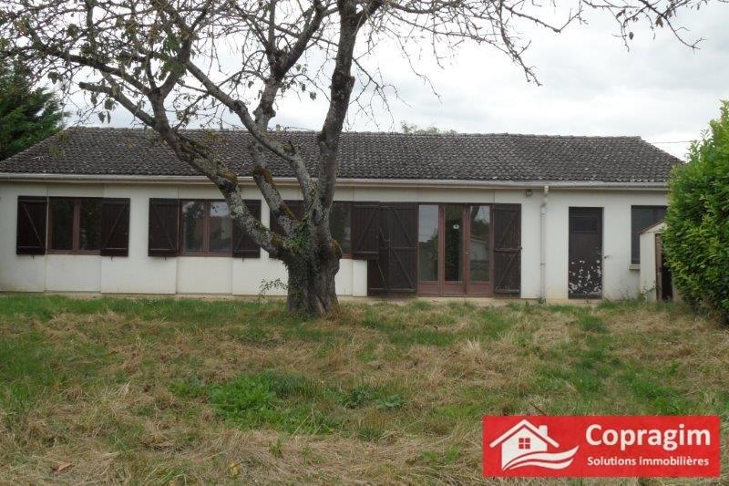 Location maison / villa Montereau fault yonne 780€ CC - Photo 1