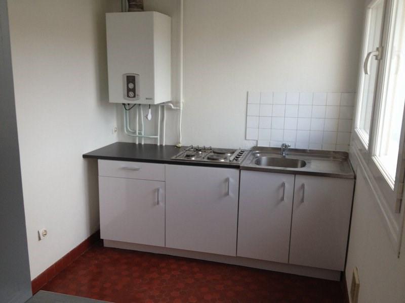 Rental apartment Maurepas 586€ CC - Picture 2