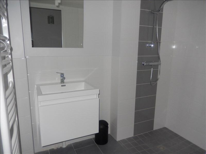 Rental apartment Le puy en velay 351,79€ CC - Picture 2