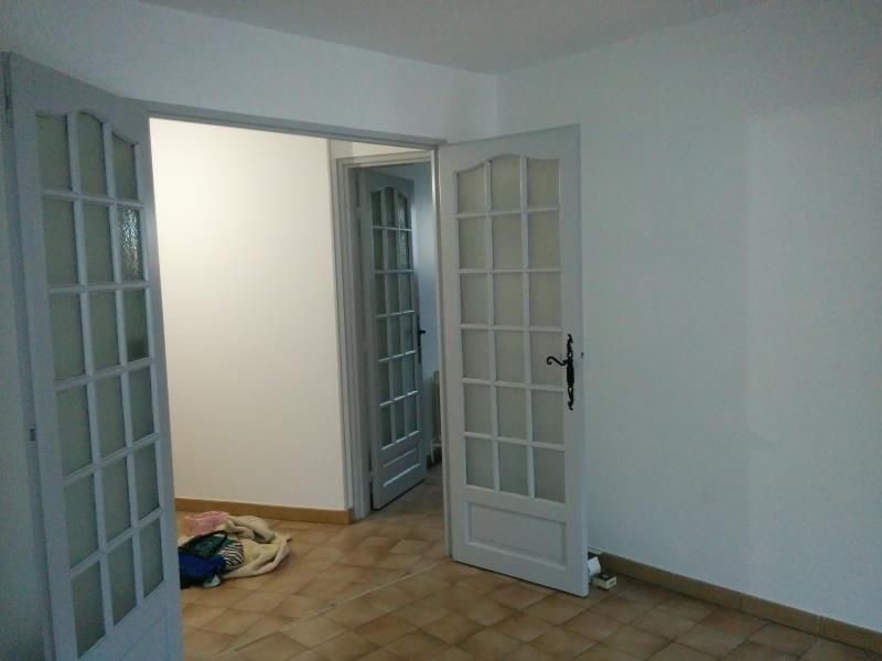 Rental apartment Nimes 700€ CC - Picture 5
