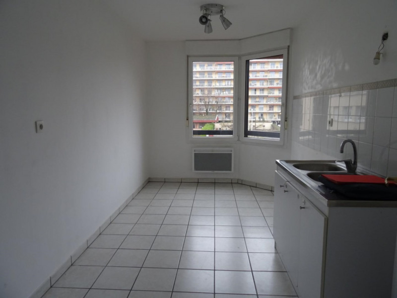 Sale apartment Lyon 4ème 382 000€ - Picture 5