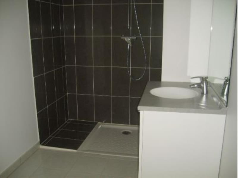 Location appartement Athis mons 699€ CC - Photo 2