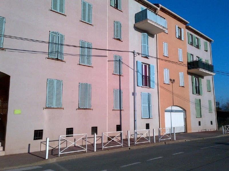 Rental parking spaces Le luc 70€ CC - Picture 1