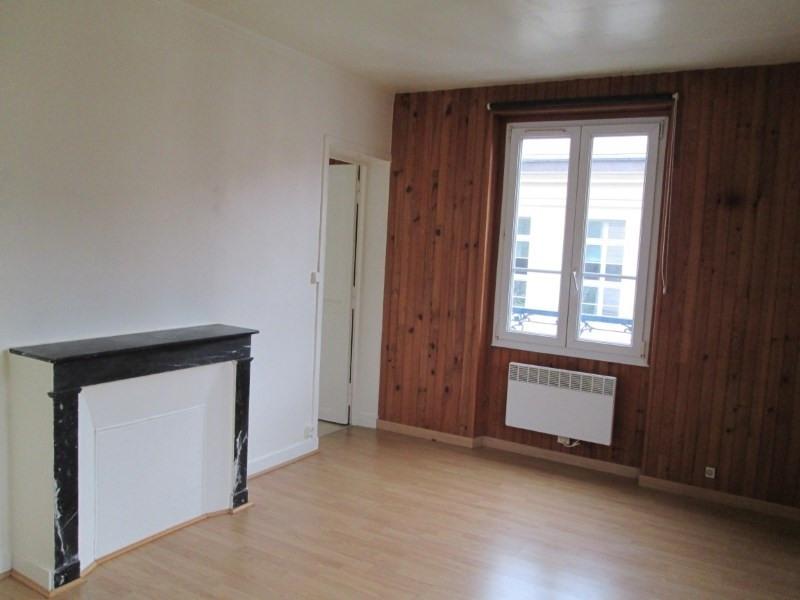 Rental apartment Versailles 635€ CC - Picture 1