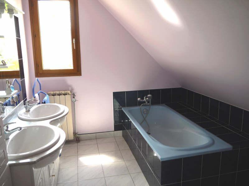 Sale house / villa Jouy le moutier 450000€ - Picture 8