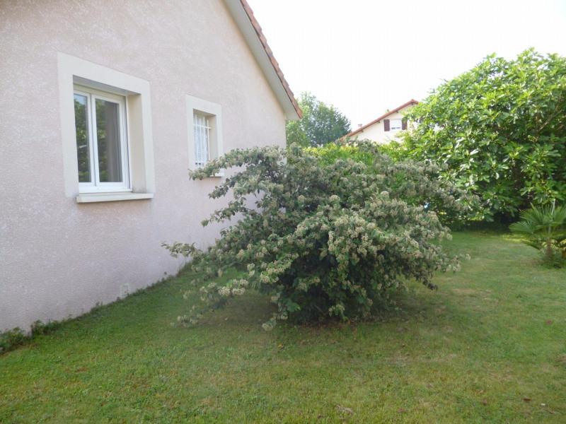 Location maison / villa Aureilhan 850€ CC - Photo 2