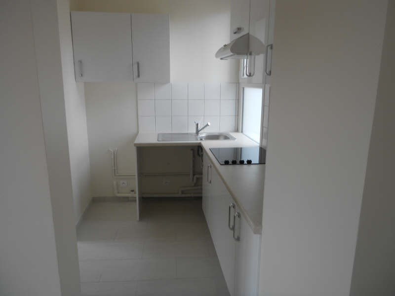 Sale apartment Suresnes 295 000€ - Picture 2