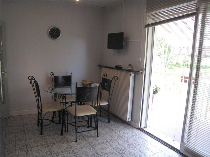 Sale house / villa Le passage 299 250€ - Picture 4