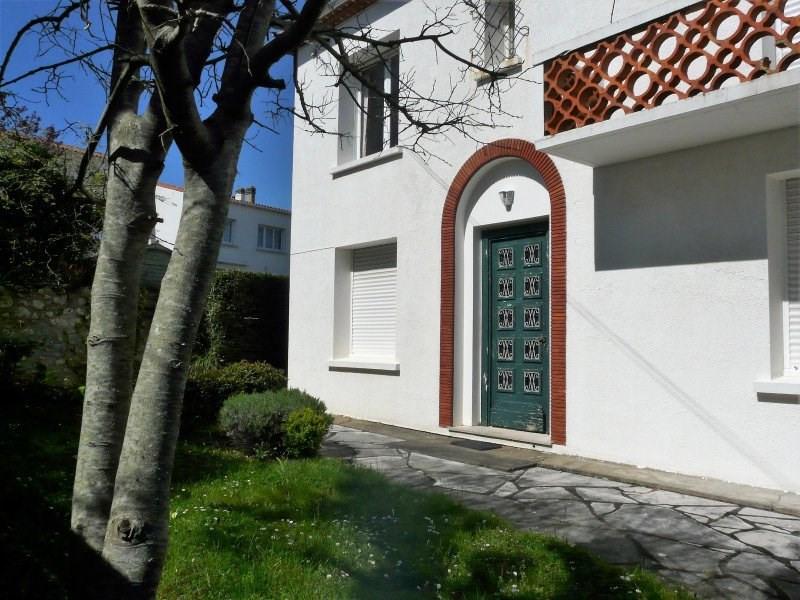 Sale apartment Royan 214000€ - Picture 1