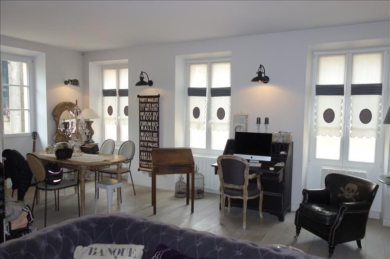 Rental house / villa Versailles 3 800€ CC - Picture 3